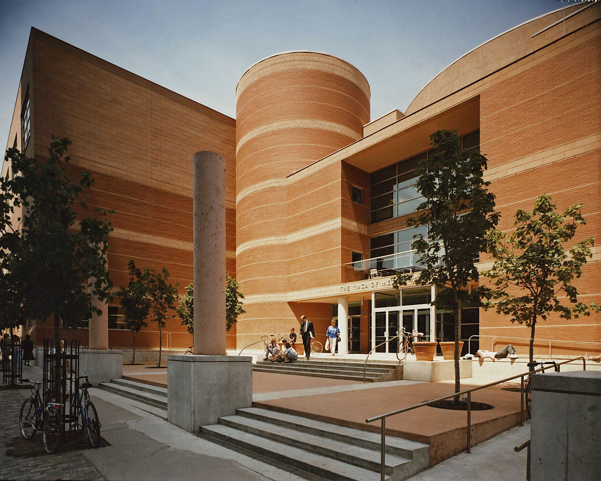 Le Toronto Central YMCA reçoit le Prix du XXe siècle en architecture pour 2018